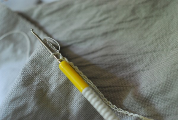 making chains across your blanket stitch
